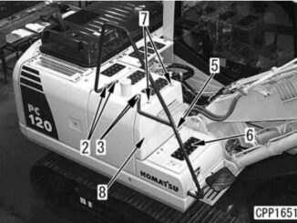 How-to-Remove-and-Install-Fuel-Tank-Assembly-for-Komatsu-PC130-2