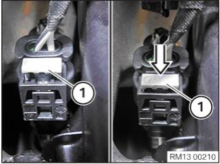 BMW-X7-Injectors-Ignition-Coils-Wiring-Harness-Replacement-26