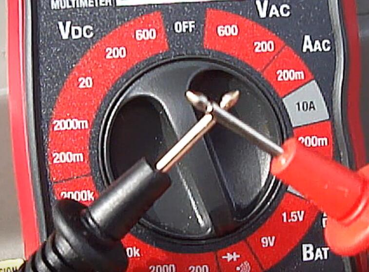 How-to-Locate-and-Perform-Testing-on-the-AC-Pressure-Switch-on-Toyota-10