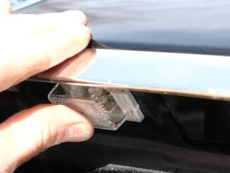 How-to-Change-License-Plate-Lamp-for-Mercedes-Benz-E-Class-11