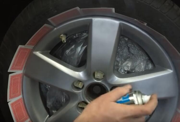 How-to-Repair-Curb-Rash-on-wheel-rim-on-VW-11