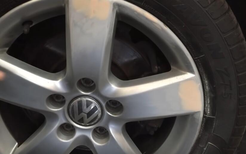 How-to-Repair-Curb-Rash-on-wheel-rim-on-VW-6