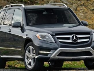 How-to-Replace-Cabin-Air-Filter-for-2015-Mercedes-Benz-GLK350-7