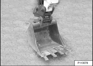 Bobcat-E85-Excavator-Hydraulic-Coupler-Kit-Remove-and-Installation-23