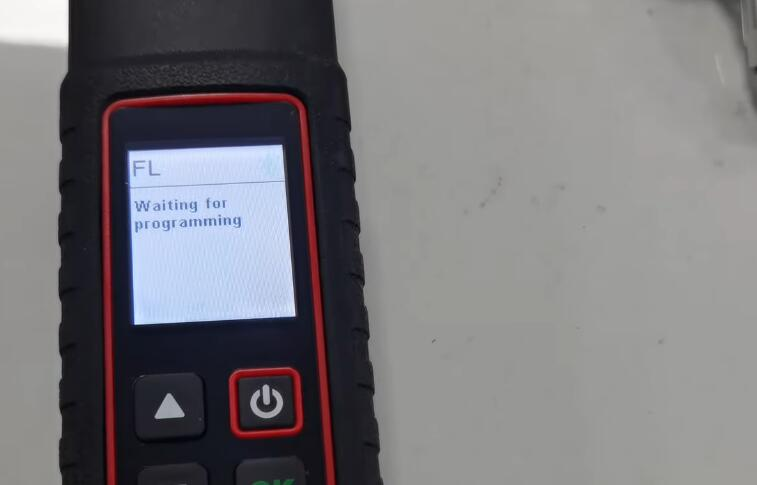 How-to-Program-TPMS-for-Cadillac-ATS-L-by-X431-TSGUN-8